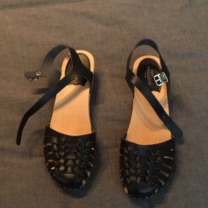 Swedish Hasbeens size 39